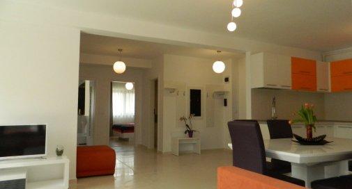 Apartament 3 camere in Zorilor super-lux